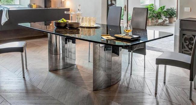 Vendita Tavoli In Cristallo Trasparente Con Base In Metallo